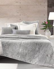 Κουβέρτα Υπέρδιπλη Γούνινη 220x240 Guy Laroche Crusty Silver